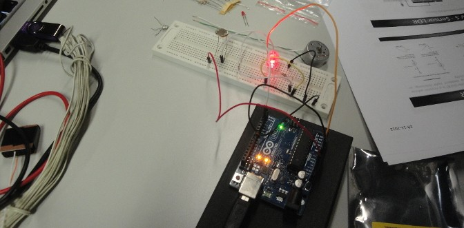Workshop summary: Electronic instrumentation for beginners based on Arduino